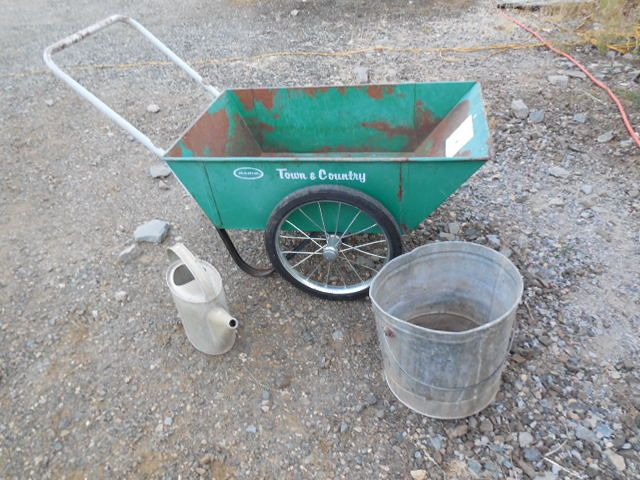 Ordinaire GREEN METAL GARDEN CART, GALVANIZED WATERING CAN AND BUCKET ...