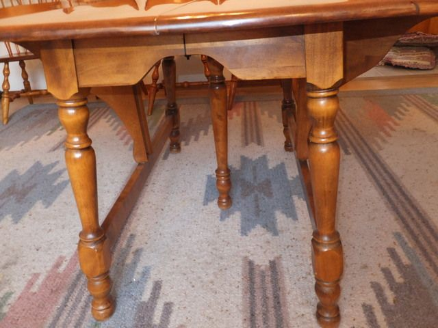 Lot Detail Absolutely Beautiful Vintage Drop Leaf Solid