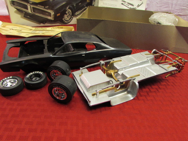 Lot Detail Your Own Muscle Car Street Charger Super 1 16 Scale