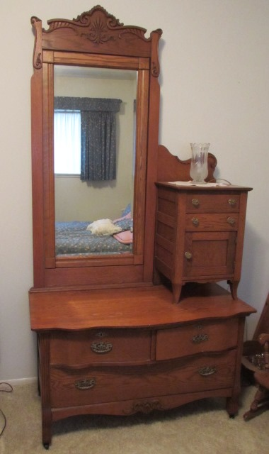 Lot Detail Vintage Oak Gentlemans Dresser W Cheval