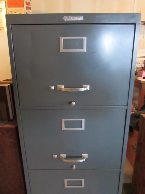 Steelmaster 4 Drawer File Cabinet