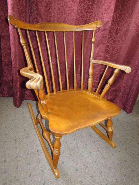 WONDERFUL ANTIQUE MAPLE ROCKING CHAIR ... - Lot Detail - WONDERFUL ANTIQUE MAPLE ROCKING CHAIR