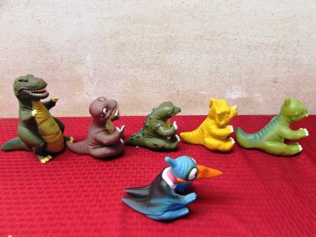 Land Before Time Toys : Lot detail the land before time collectible toy figures