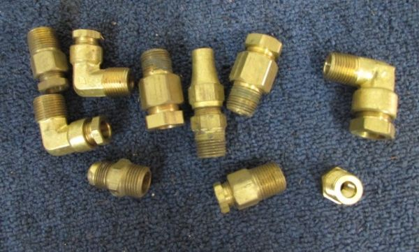 Lot detail large collection of inch brass fittings