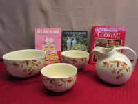 PRETTY HALL SUPERIOR CHINA AUTUMN LEAF PITCHER & 3 NESTING BOWLS PLUS COOK BOOKS