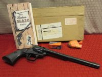 PUT EM UP!  AWESOME COLLECTIBLE VINTAGE WESTERN HAIG TOY POSTOL WITH CAPS - IN ORIGINAL BOX!