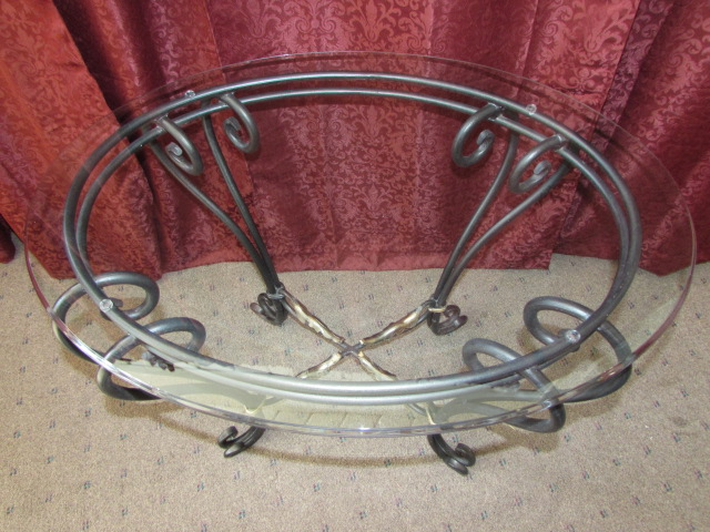 lot detail elegant wrought iron end table with beveled glass top. Black Bedroom Furniture Sets. Home Design Ideas