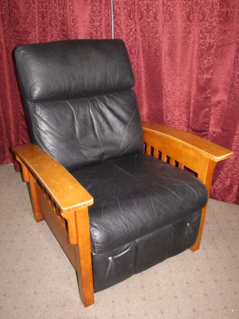 Stylish Recliner: NICE MISSION STYLE RECLINER-SUPER COMFY