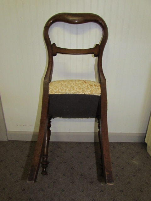 ... PRETTY ANTIQUE TULIP BACK CARVED WOOD CHAIR WITH UPHOLSTERED SEAT ...
