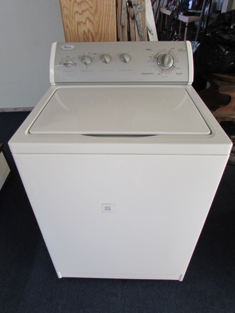 Lot Detail Whirlpool Ultimate Care Ii Washing Machine