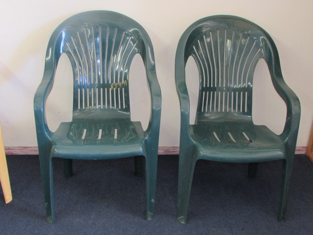 ... FIVE MORE PATIO CHAIRS RUBBERMAID U0026 SYROCCO ...