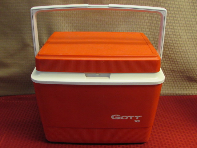 Nurse Lover Lunch Tote And 6 Pack Cooler additionally Ice chest moreover FOR LAKE  PICNIC  BALL GAME OR      TWO GOTT ICE C LOT19942 further Gott Lunch Totesix Pack Coolerrefreeze as well FOR LAKE  PICNIC  BALL GAME OR      TWO GOTT ICE C LOT19942. on gott coolers tote 6