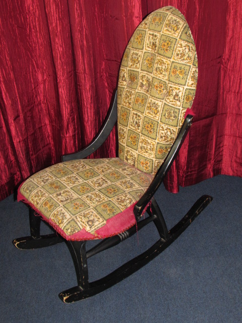 ... CHARMING ANTIQUE UPHOLSTERED ROCKING CHAIR ...