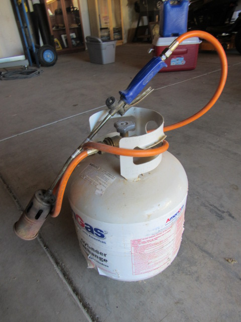 how to use a propane torch to burn weeds
