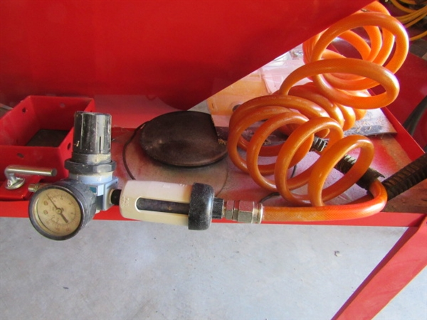 Lot Detail Central Pneumatic Sandblaster With Air Filter