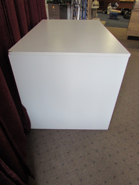 lot detail white desk with file drawers