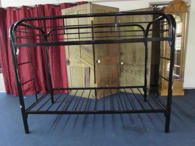 Lot Detail Black Metal Tubular Bunk Bed Frame