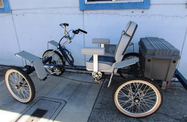 4-WHEEL CYCLE ***RESERVE HAS
