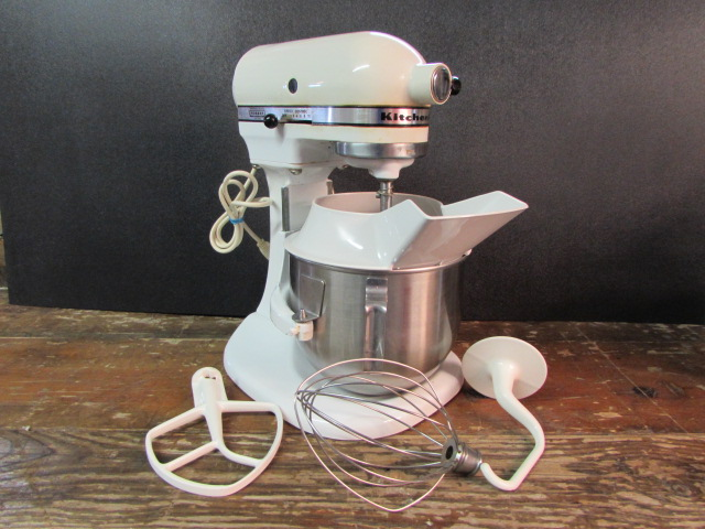 Lot Detail Vintage K5 A Kitchenaid Mixer With Beaters
