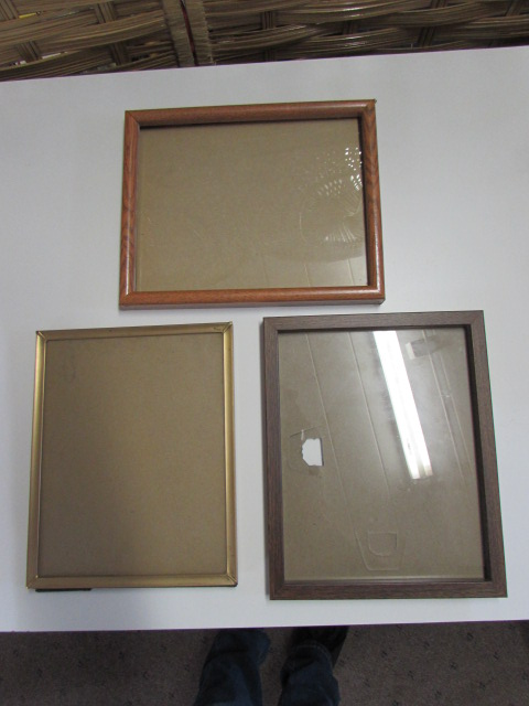 Lot Detail - PICTURE FRAME ASSORTMENT
