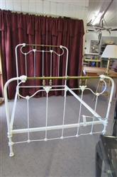 BEAUTIFUL VINTAGE CAST IRON & BRASS DOUBLE BED FRAME