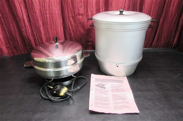 STEAM JUICE EXTRACTOR & FARBERWARE ELECTRIC FRYING PAN/BUFFET SERVER