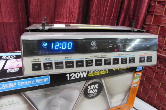 Lot Detail Ge Under Cabinet Mount Clock Radio Timer Smoke